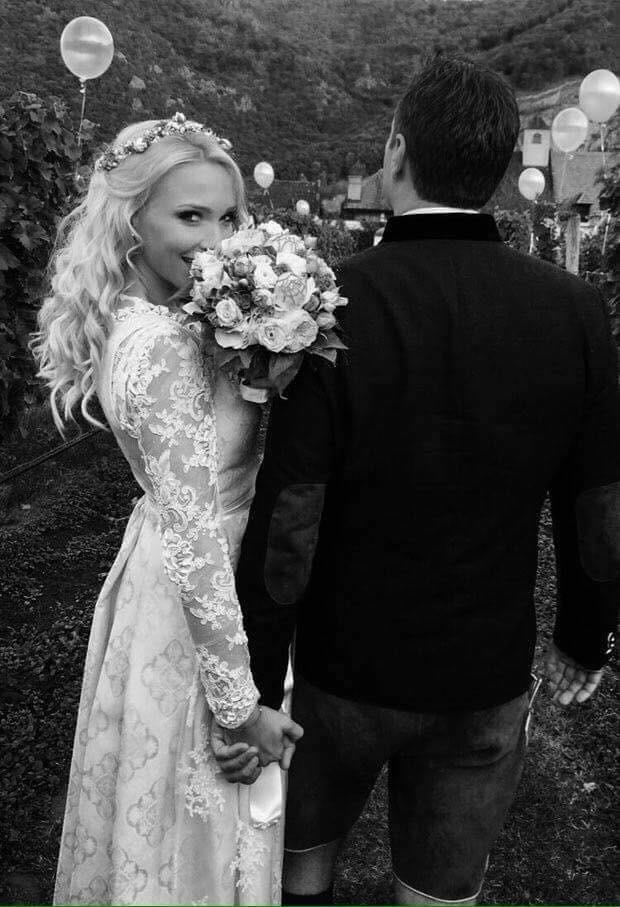 Aufnahme der Braut & Bräutigam von HC Strache und Philippa Beck